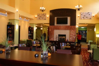 Two Story Lobby 3 of 6