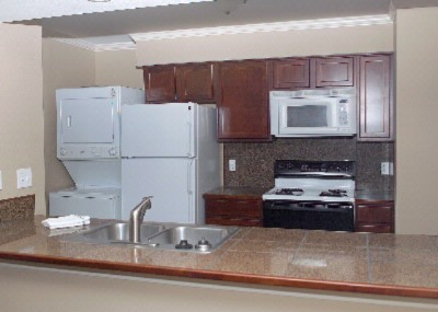 Full Kitchen With Washer And Dryer 4 of 8