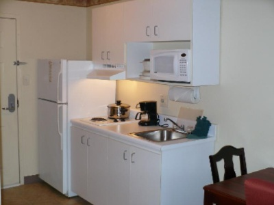 Full Size And Fully Equipped Kitchens In Every Single Room! 5 of 10