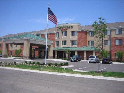 Marriott Hotels Near Kansas Speedway