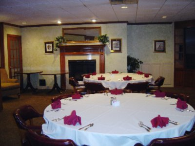 Our Vip Level Is Perfect For Smaller More Intimate Gatherings Or Simply To Watch Tv And Check Your E-Mail On Our Complimentary Guest Computer 7 of 11