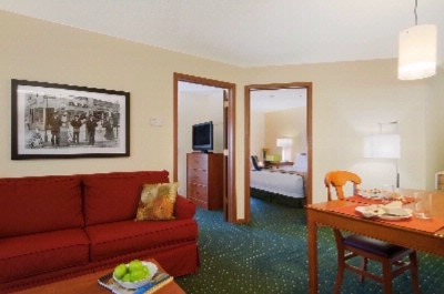 Two Bedroom Suite Towneplace Suites By Marriott Livonia 11 of 12