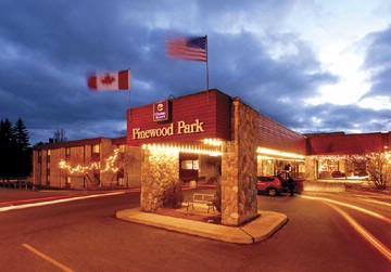 Ramada Pinewood Park Resort North Bay 1 of 6