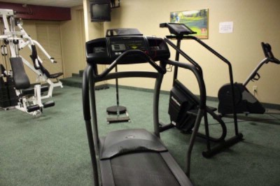 Hotel Fitness Room 6 of 6