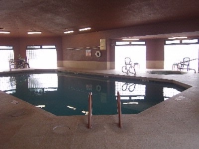 Sparkling Indoor Pool & Spa 6 of 10