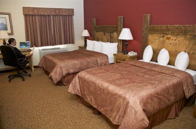 Typical Two Bed Room In Lodge 4 of 6