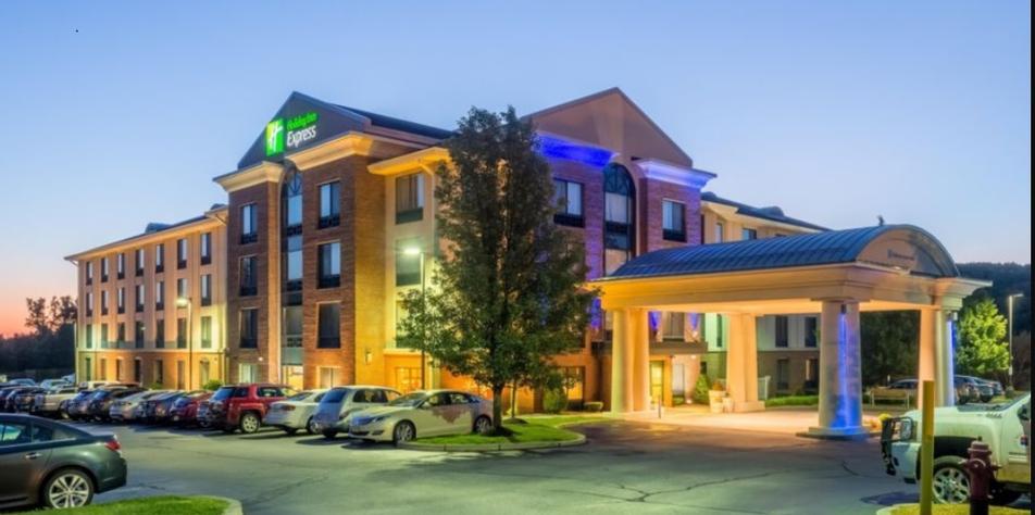 Holiday Inn Express Hotel Suites 10 12 Johnson St Auburn Ma 01501