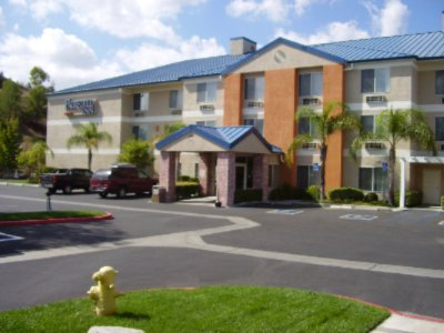 Fairfield Inn Santa Clarita 1 of 9