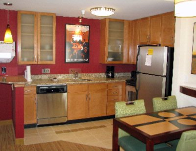 Guest Room Kitchen 10 of 12