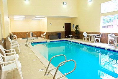 Indoor Pool & Spa 8 of 24
