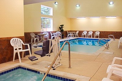 Indoor Pool & Spa 9 of 24