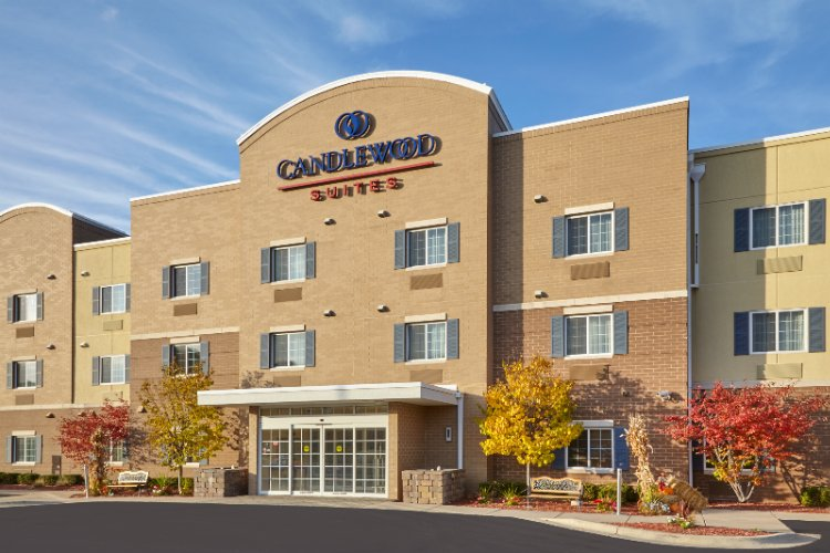Candlewood Suites Milwaukee Airport 6440 South 13th St Oak Creek Wi 53154