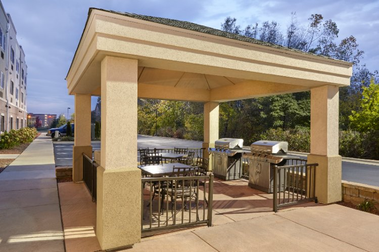 Outdoor Gazebo Grill 10 of 13