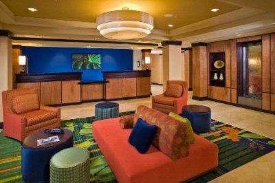 Fairfield Inn & Suites Milwaukee Airport 1 of 6