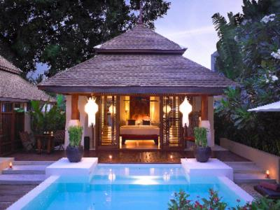 Grand Pool Villa 3 of 11