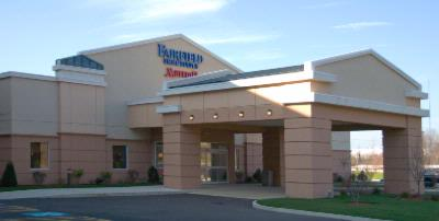 Fairfield Inn & Suites Plainville 1 of 11