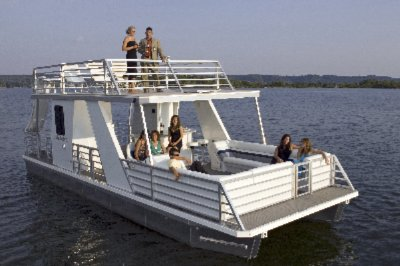 Rental Boats For Up To 26-Passengers...some With Slide Bathroom And Wet Bar! 8 of 11