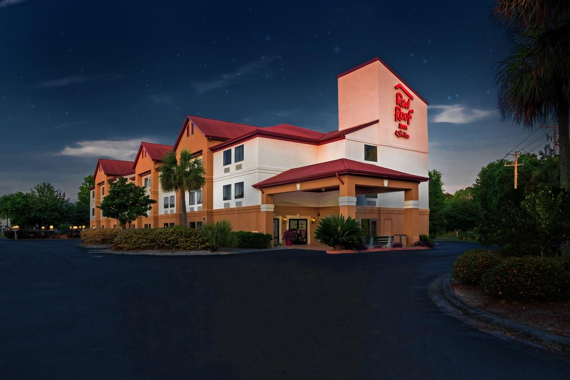 Image of Red Roof Inn & Suites Savannah Gateway