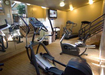 Fitness Center 7 of 27