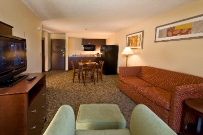 Executive Suite 16 of 20