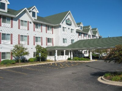 Image of Country Inn & Suites Gurnee