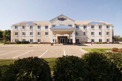 Image of Lexington Inn Suites