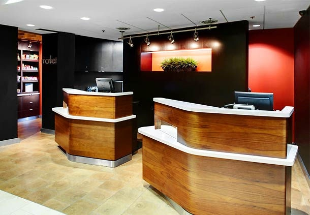 Front Desk 3 of 23