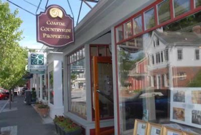Cohasset Village Shopping 10 of 11