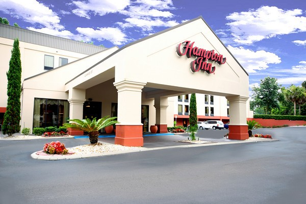 Hampton Inn Gainesville 1 of 4