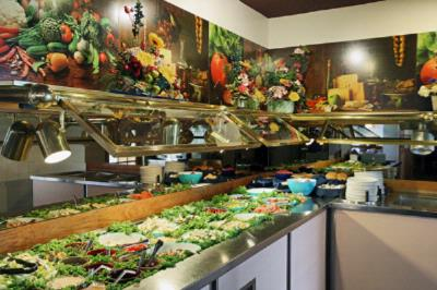 O\'brian\'s Salad Bar 7 of 16