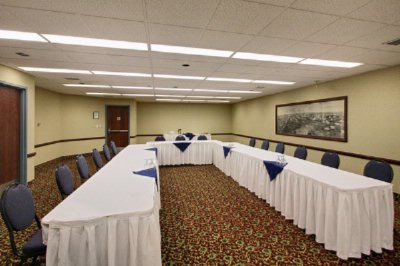 Peace Hills Meeting Room 8 of 16