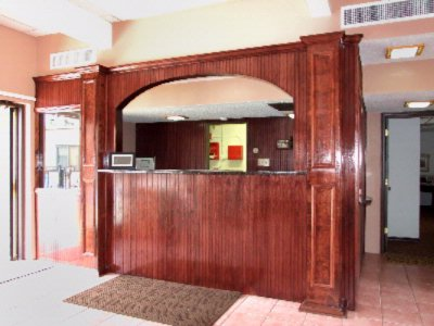 Front Desk 8 of 15