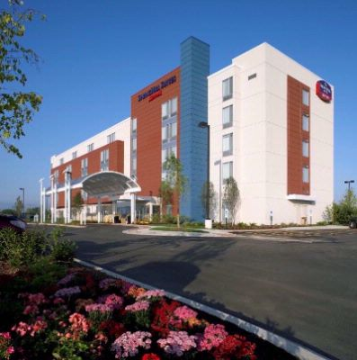 Springhill Suites by Marriott Waukegan / Gurnee 1 of 16
