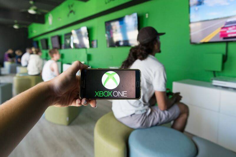 New Xbox Lounge 12 of 15