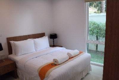 2 Bedroom Pool Access Apartment\'s Second Bedroom 10 of 28