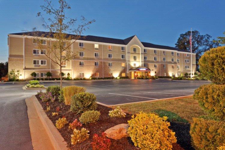 Candlewood Suites Bowling Green 1 of 24