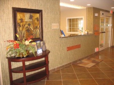 Front Desk 16 of 24