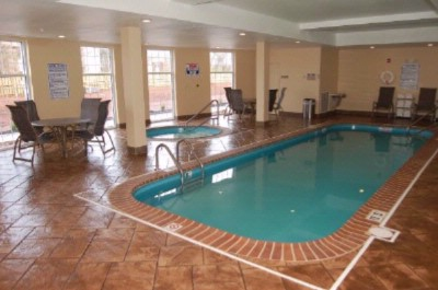 Indoor Pool 21 of 24