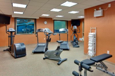 Fitness Facility 7 of 16