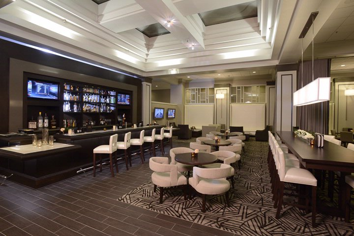 Lobby Bar And All Day Dining Room 12 of 18