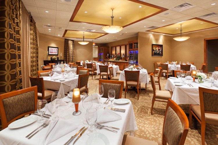 Ruth\'s Chris Steakhouse Dining Room 17 of 18