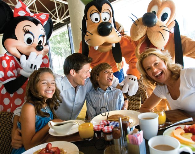 Watercress Cafe Disney Characters Breakfast 17 of 17