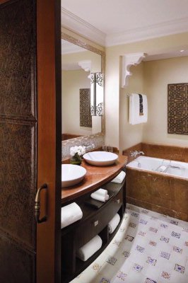Superior Deluxe Room Bathroom The Palace 7 of 11