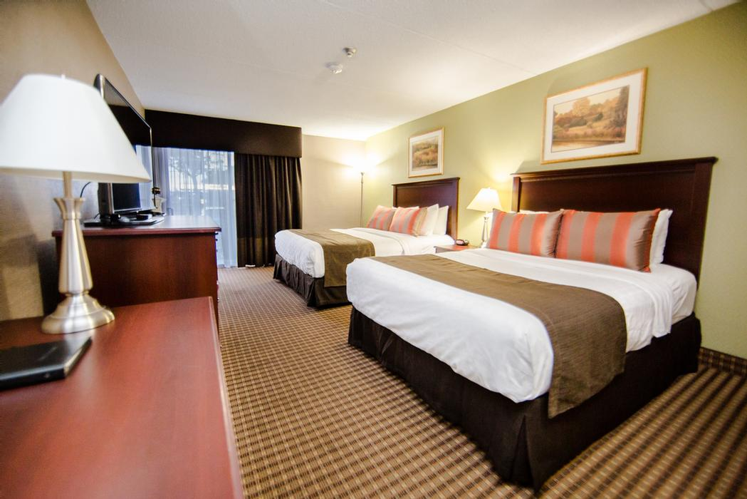 Best Western Plus Ottawa Kanata Hotel & Conference Centre 1 of 7