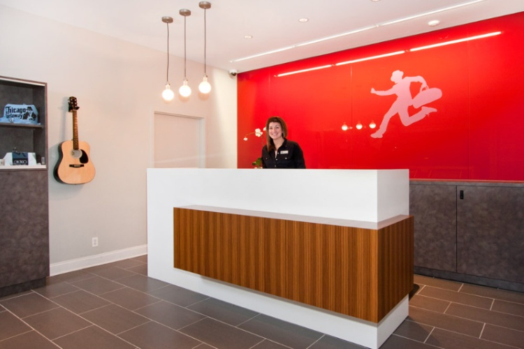 Front Desk 3 of 21