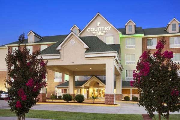 Image of Country Inn & Suites of Conway
