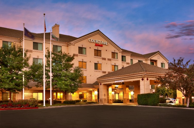 Provo Courtyard by Marriott 1 of 15