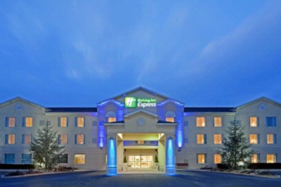 Holiday Inn Express 1 of 19