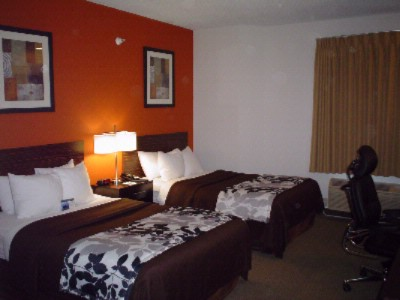 Standard Room With 2 Double Beds 12 of 12