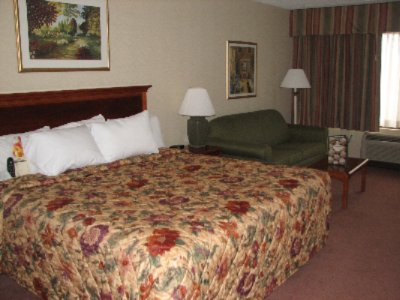 Image of La Quinta Inn & Suites Somerset